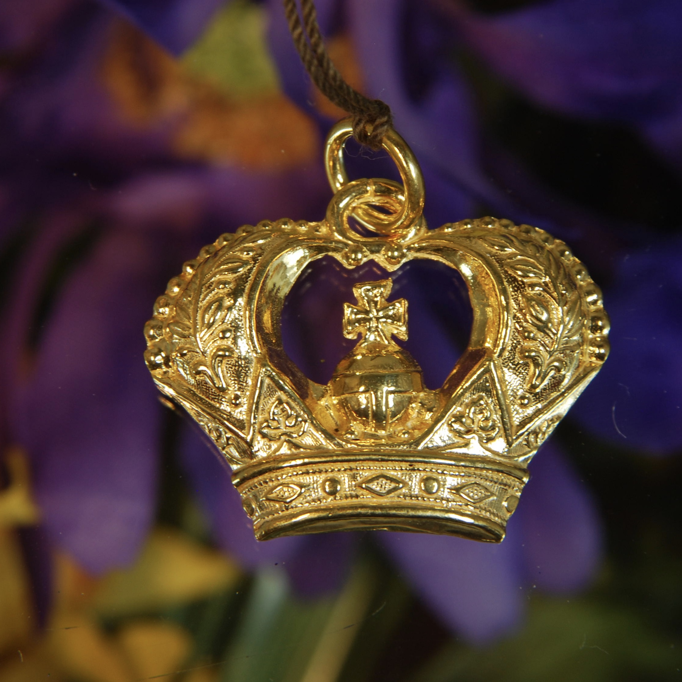empire ice x cz pendant necklace from king s gold hip foxs the lyon products fox crown lucious